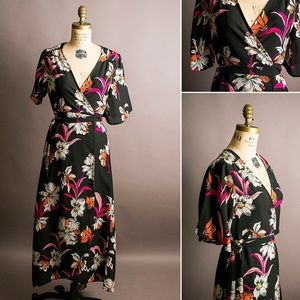 Japna floral wrap dress in S